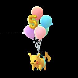 https://www.media.pokekalos.fr/img/pokemon/pokego/pikachu-volant-5eme-anniv-f.png